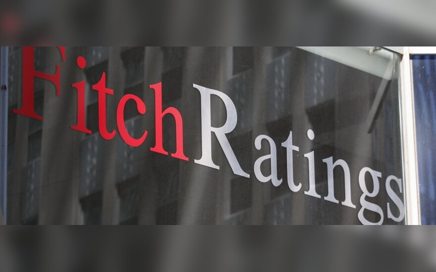 Fitch: в Латвии и Литве консолидация бюджета-2012 будет затруднена из-за ослабления экономики