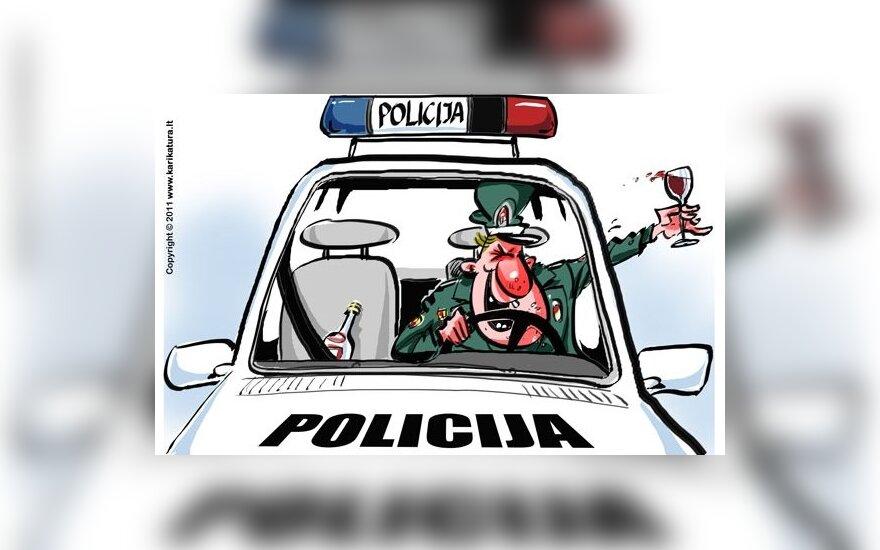 Задержанный на дороге криминалист отказался пройти алкотест