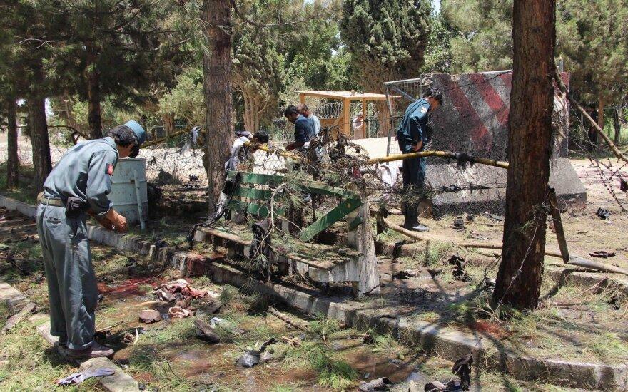НАТО нарастит силы в Афганистане, но воевать с боевиками больше не будет