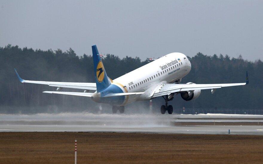 Рядом с Вильнюсским аэропортом планируют открыть площадку для наблюдения за самолетами