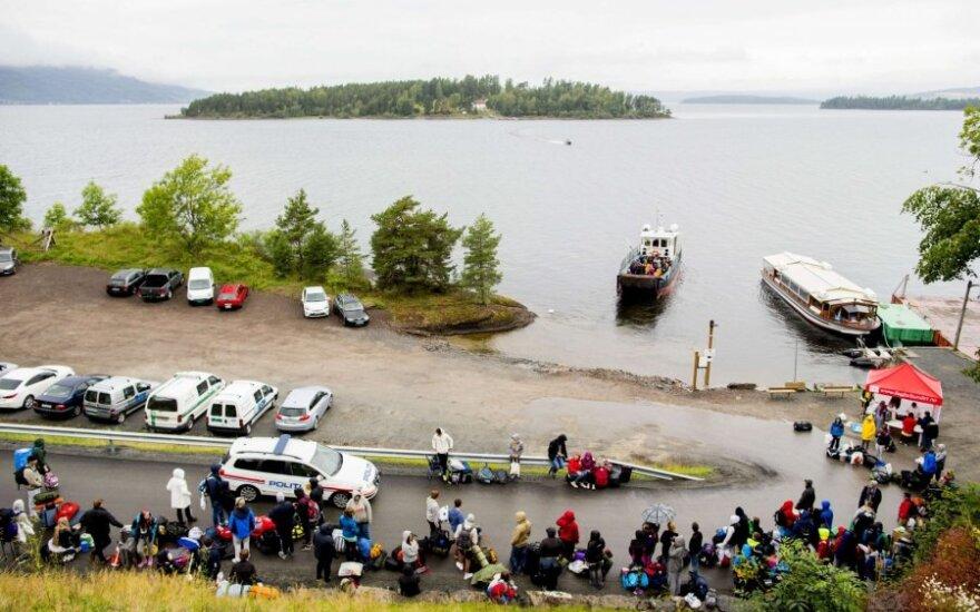 На острове Утойя, где Брейвик устроил теракт, вновь открыт лагерь
