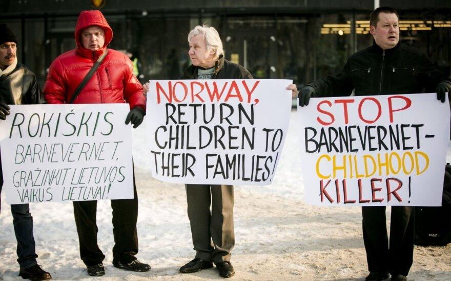 Бабушка отнятых в Норвегии детей: не верила и не поверю