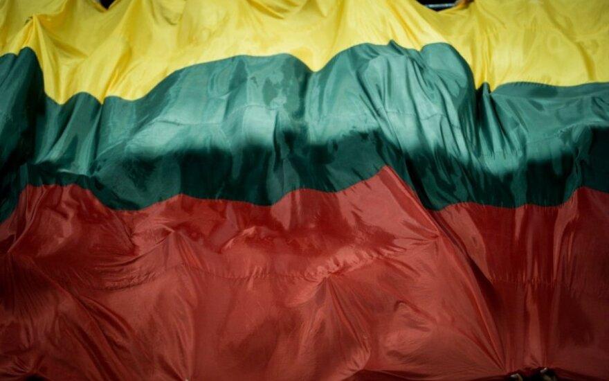 Сын Януковича запрашивает министерство Литвы по поводу санкций