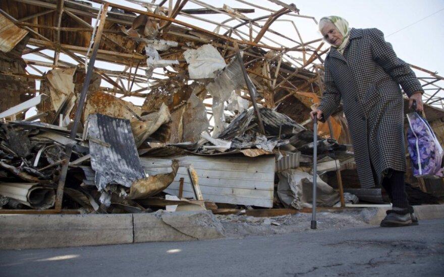 СНБО: сепаратисты продолжают обстрел позиций украинских силовиков