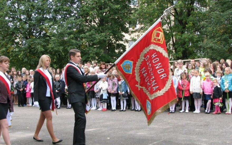 Początek roku szkolnego w Szkole Średniej im. Szymona Konarskiego w Wilnie