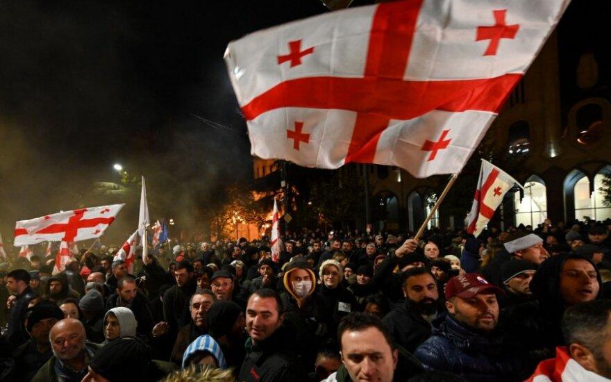 Sakartvelo opozicija surengė naujas eitynes Tbilisio centre