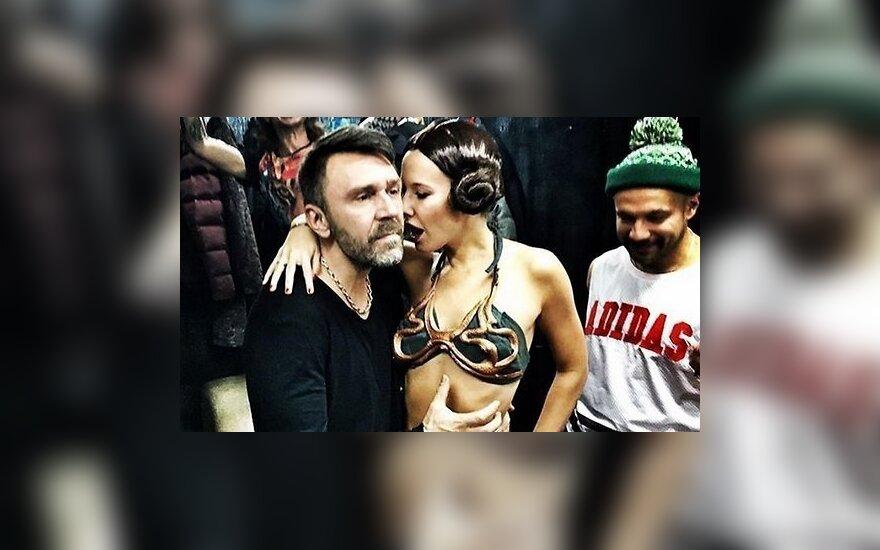 ФОТО: Ксения Собчак провела корпоратив в бикини