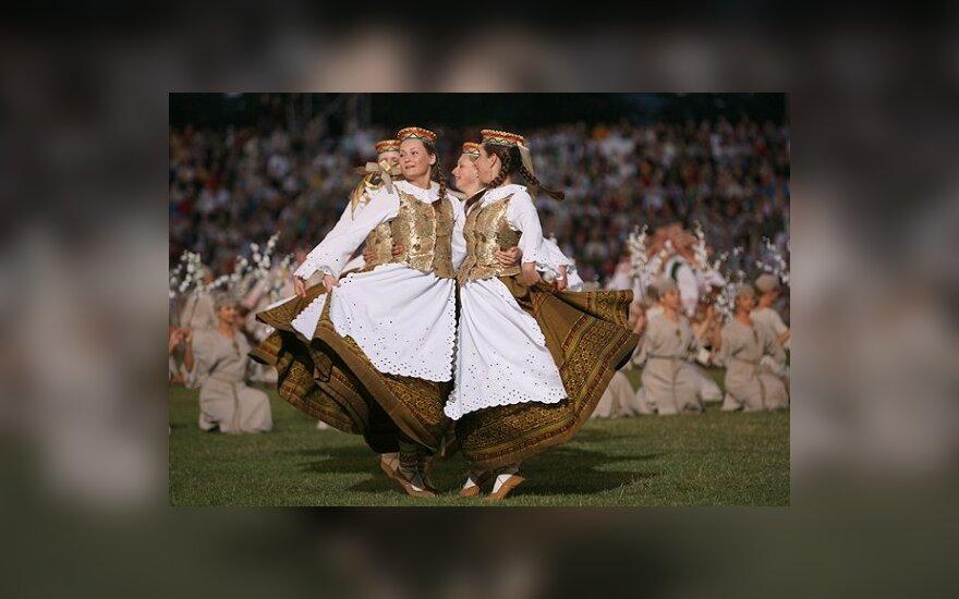 """День танца на стадионе """"Жальгирис"""""""