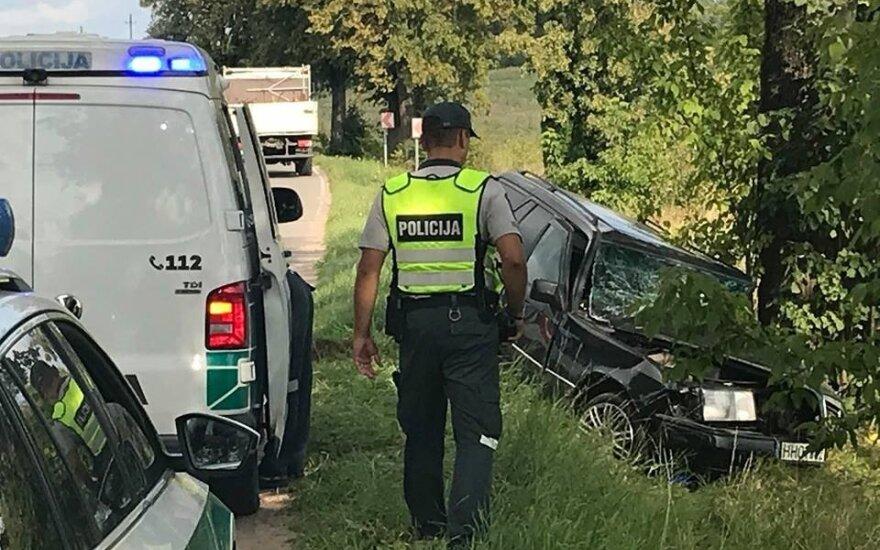 Трагическое ДТП у нового кладбища в Тракай: водитель погиб
