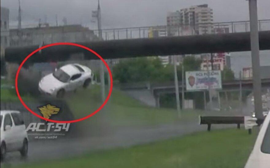 Lot Porsche