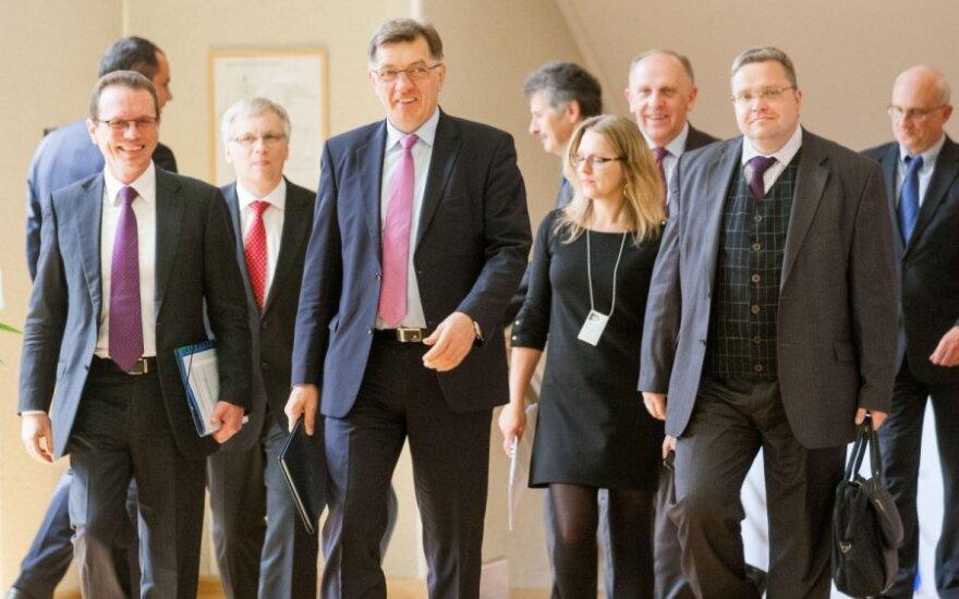 Еврокомиссия разрешила Литве ввести евро