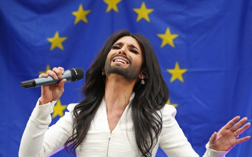 Conchita Wurst koncertuoja Briuselyje.