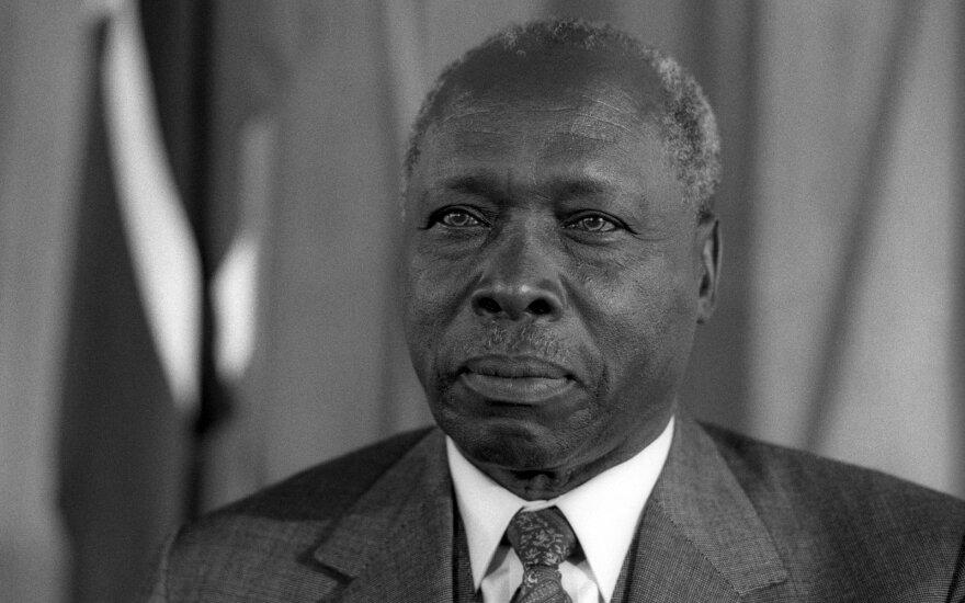 Умер многолетний лидер Кении Дэниэл арап Мои. Его роль в истории страны вызывает ожесточенные споры