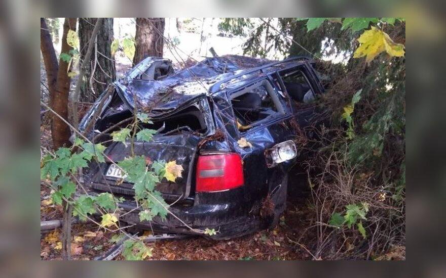 Трагедия под Швянтои: рядом с автомобилем обнаружено тело молодого водителя