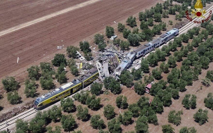 Число жертв столкновения поездов в Италии выросло до 25