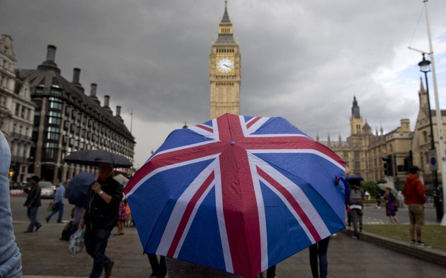 Великобритания хочет ввести рабочие визы для граждан ЕС
