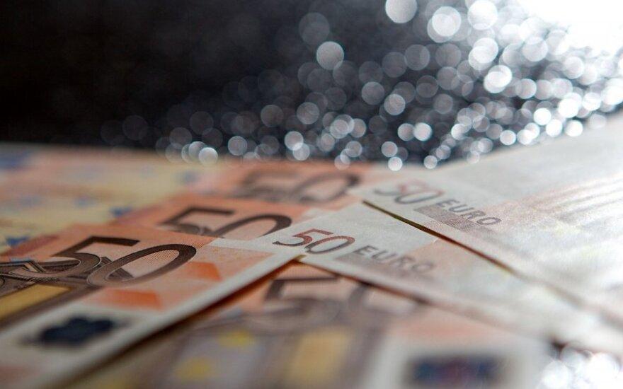 Жители Литвы принесли в банки миллиарды