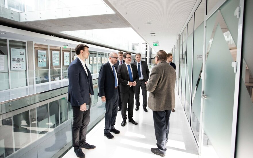 Инкубаторы CERN будут созданы в Вильнюсе и Каунасе