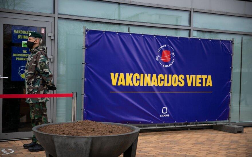 В Литве после пика вакцинации наблюдают резкое падение