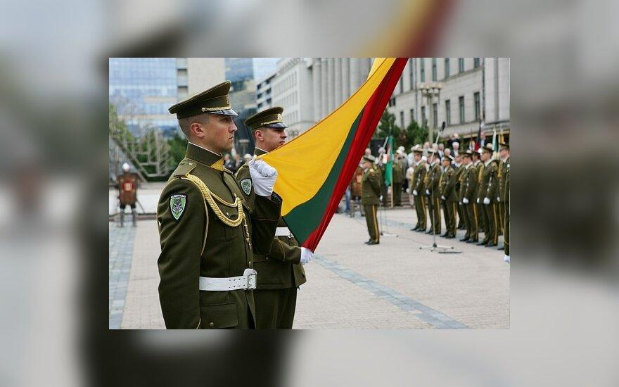 Литва могла бы заняться своим имиджем в 2011 году