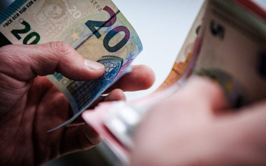 ЕС начинает выравнивать доходы работников Старой и Новой Европы