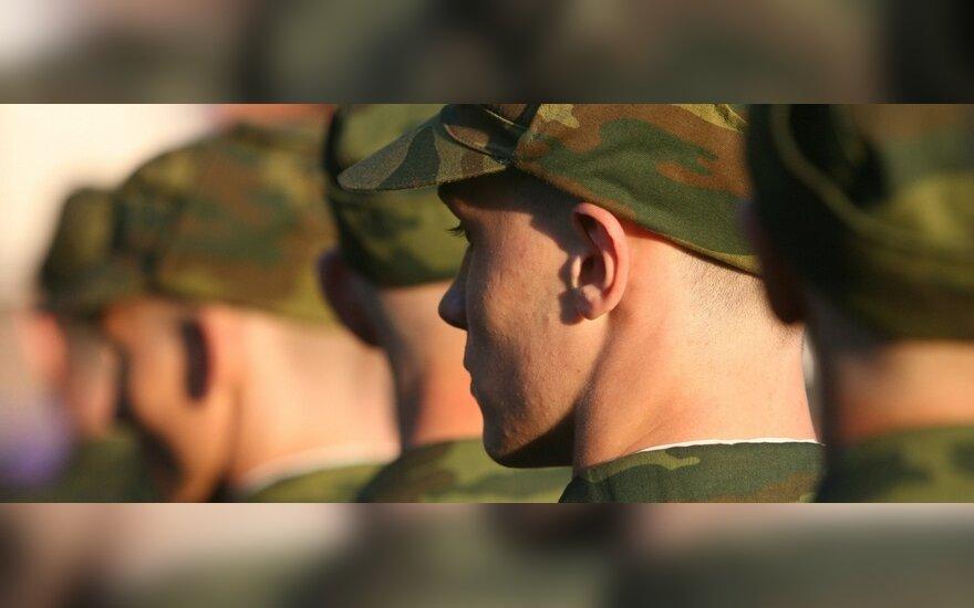 Расстрелявший сослуживцев солдат стал потерпевшим в деле о дедовщине