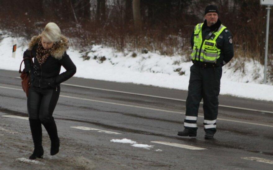 Рейд полиции: три раза пытавшаяся получить права женщина попалась полиции