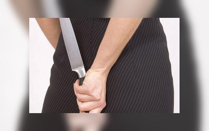 В Вильнюсе женщина нанесла мужу несколько ножевых ранений