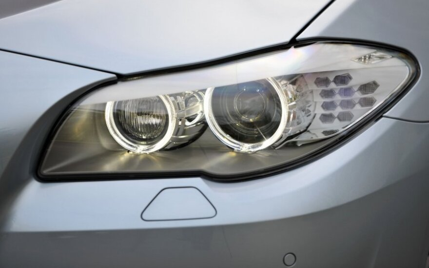 Первые снимки нового BMW X4 попали к журналистам