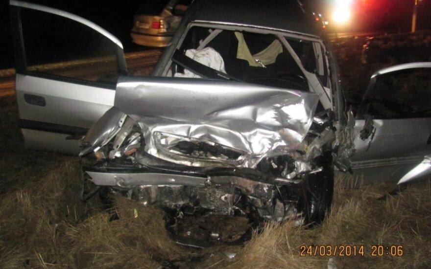 Столкнулись Opel и BMW, пострадали три человека