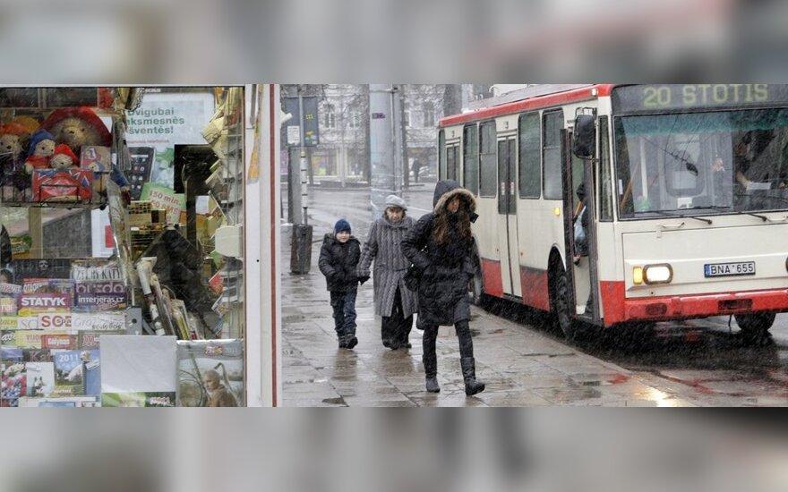 Зуокас: надо снизить тарифы на проезд в общественном транспорте