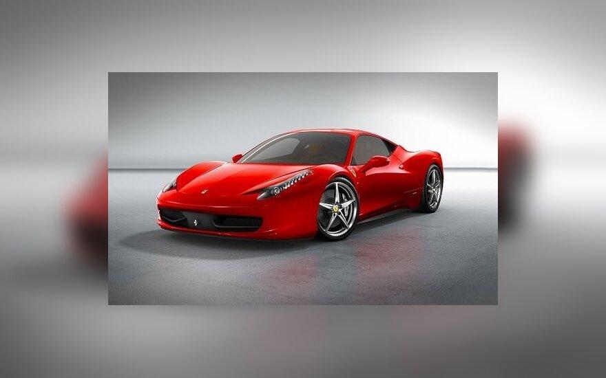 У превысивших скорость конфисковали Ferrari и BMW