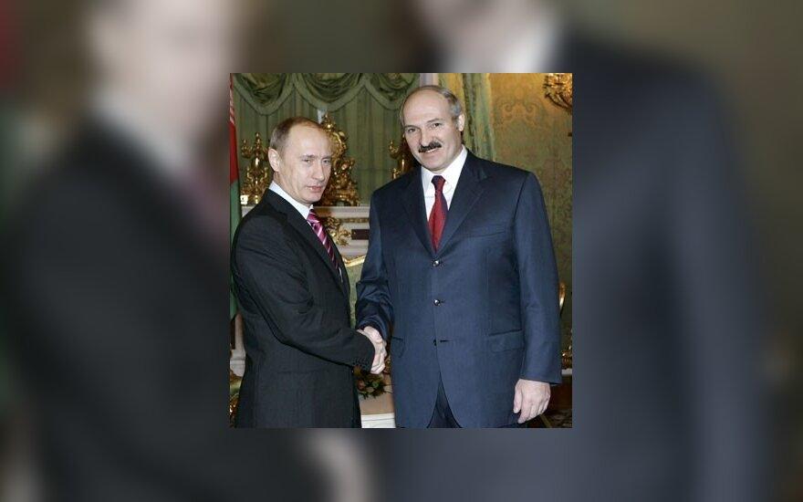 Что привезет в Минск Владимир Путин — кнут или пряник?
