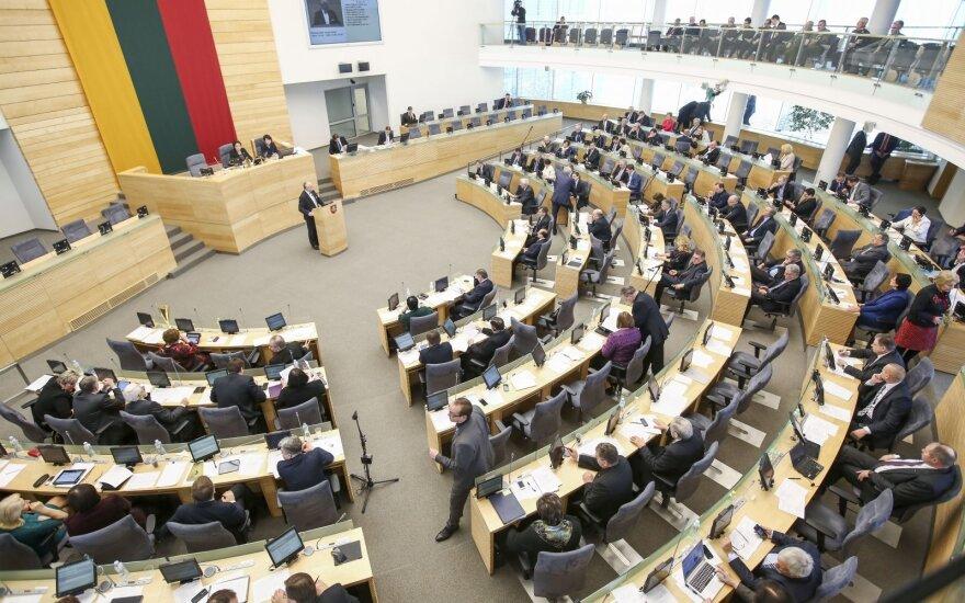 Aktywność posłów na Sejm sięga 53 proc. AWPL najczęściej głosuje, ale najmniej wypowiada się