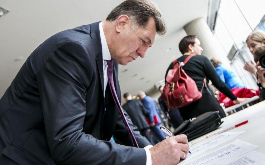 """Буткявичюс в """"капустном"""" скандале обвинил торговые сети"""