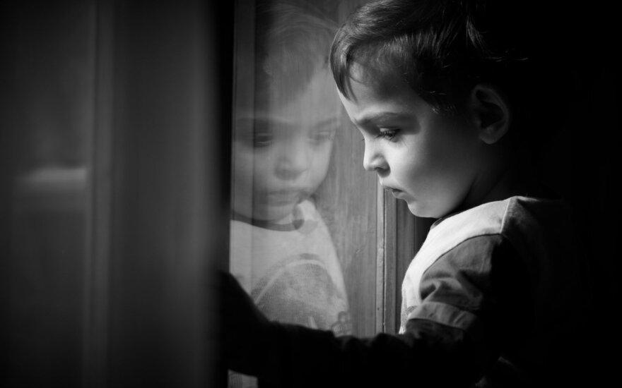 В Купишкисе мать на двое суток оставила дома двухлетнего ребенка