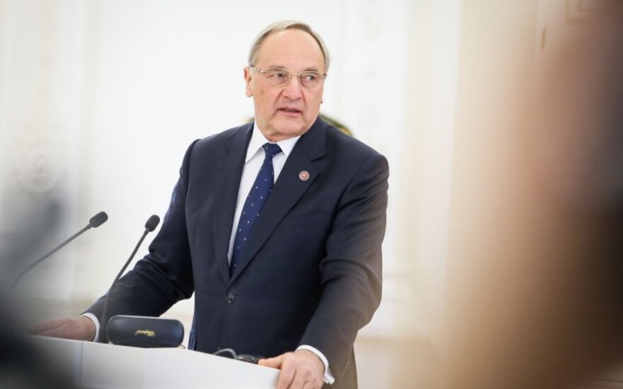Президент Латвии признал, что Кремль потерял доверие