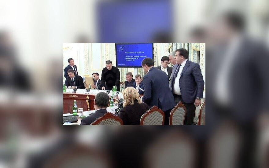 Аваков опубликовал видео скандальной перепалки с Саакашвили
