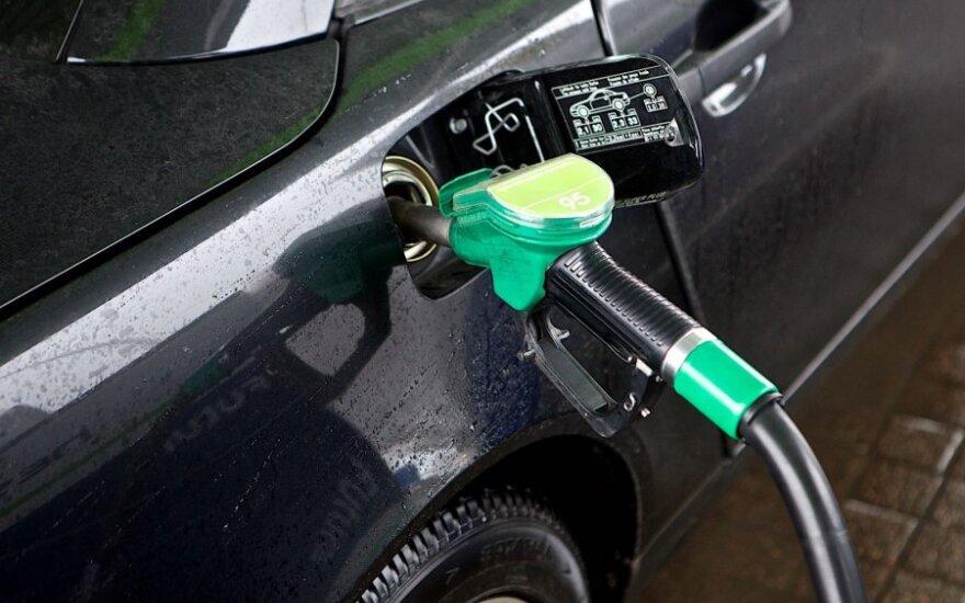 Водители не обрадуются: цены на горючее поползли вверх