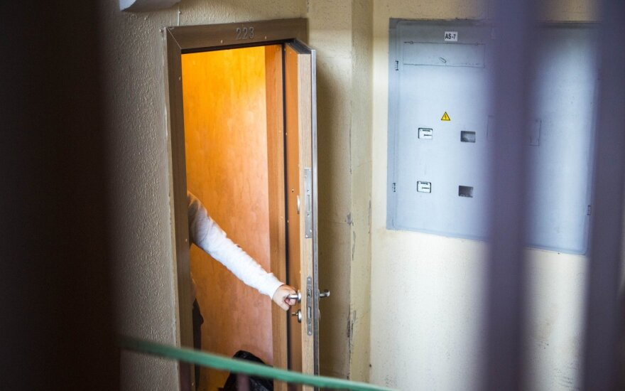Группа девушек в столице избила и ограбила 14-летнюю
