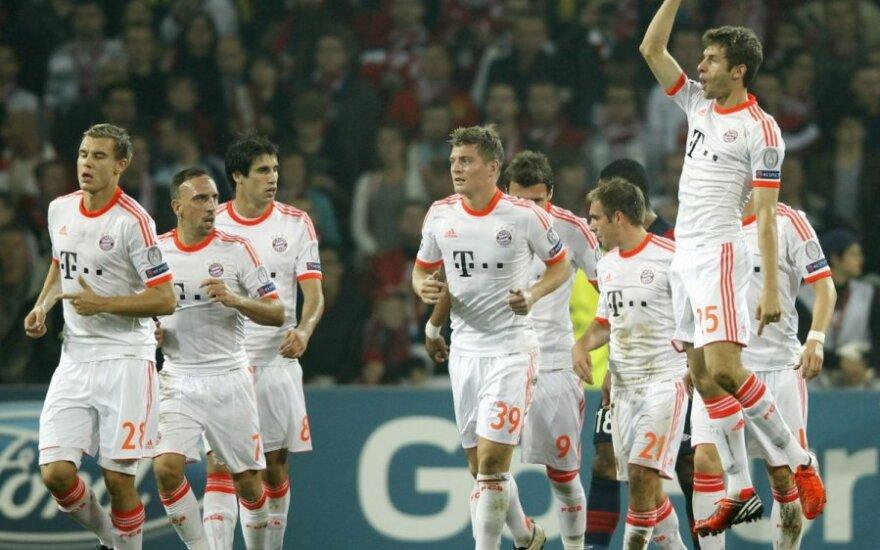 """Miuncheno """"Bayern"""" klubo futbolininkai"""