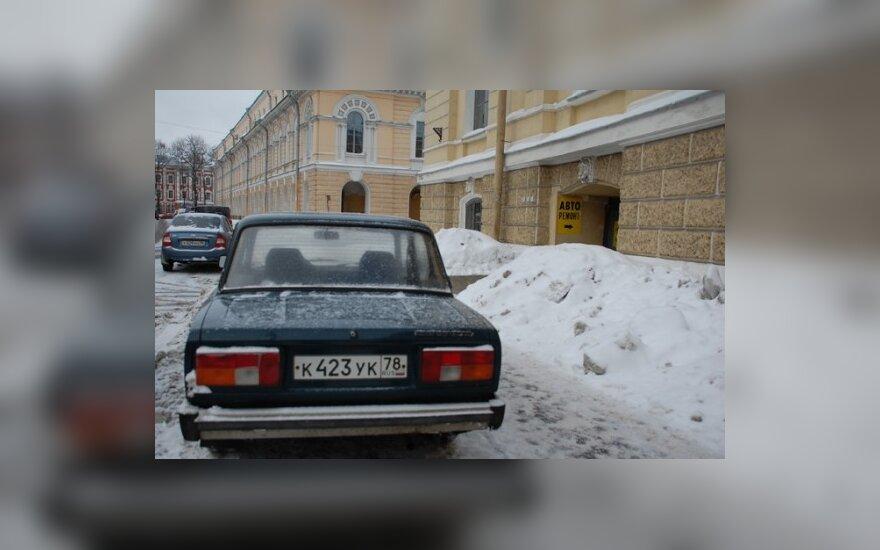 """Белорусам придется """"донашивать"""" машины за россиянами"""