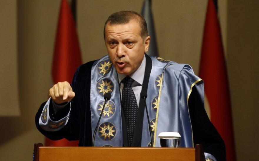 Премьер Турции пообещал расправиться со своими врагами