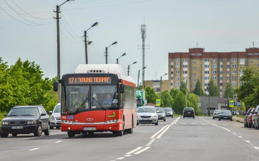 Учитель стал водителем автобуса: зарплата увеличилась в два раза