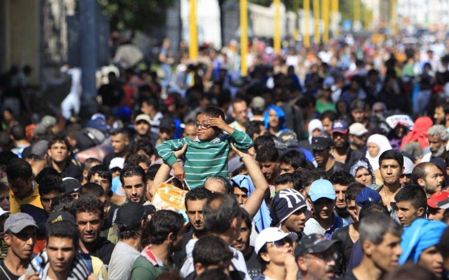 Премьер: Литве придется принять больше беженцев, чем планировалось