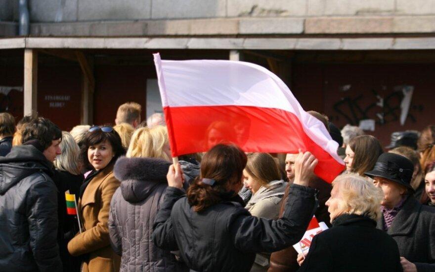 Polski marsz ulicami Wilna