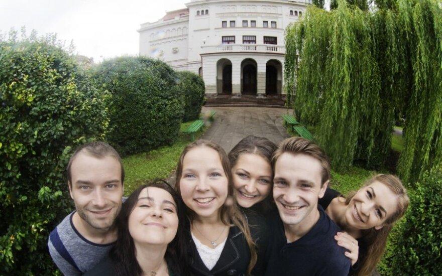 Молодые актеры Русского театра