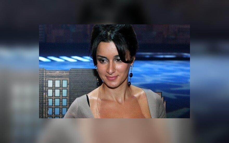 Тина Канделаки извинилась перед журналистом
