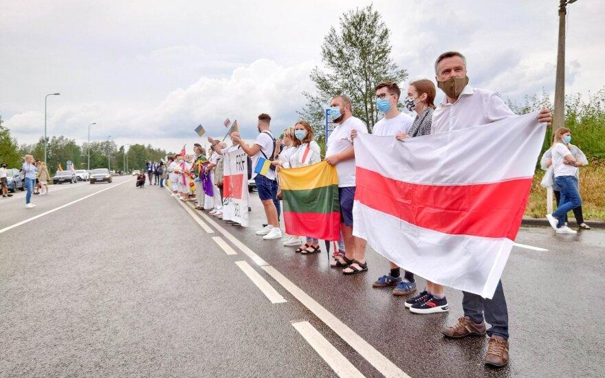 В Литву по гуманитарным причинам разрешено приехать 800 белорусам