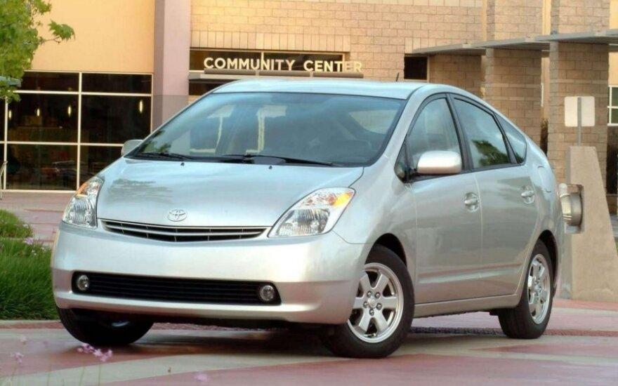 Toyota Prius (2004 m.)